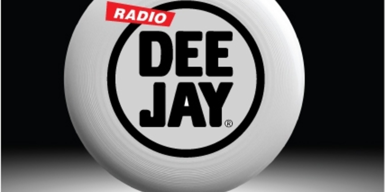 Radio DEEJAY and FRISBEE